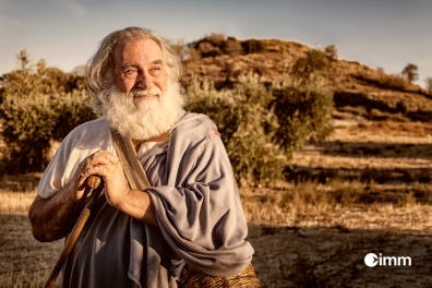 "Herodotus, played by Spanish actor Jorge José, is a Greek historian who is reffered to as the ""Father of History"". @agwm.europe @buddybarrel @speed_the_light @okdcofag @immedu"
